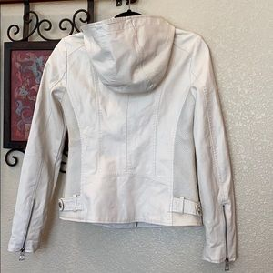 GUESS. White faux leather zip-up/atchd hood jacket